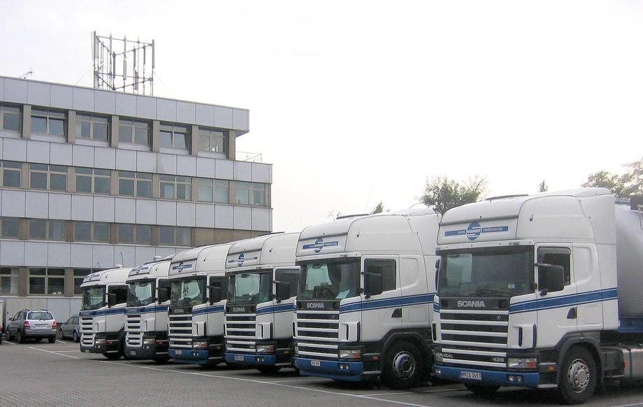 SCHMIDT erweitert LKW-Flotte